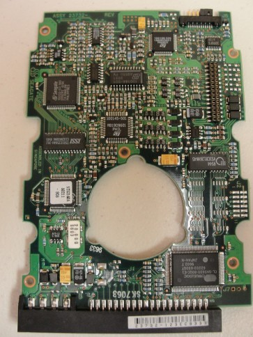 ST31640A, 9D0002-301, 8.01, 23732-123EC9333, Seagate IDE 3.5 PCB