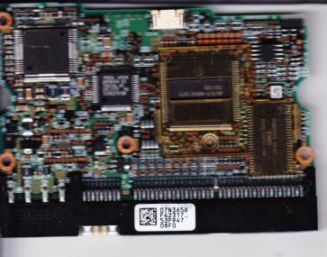 DPTA-372050, PN 31L9056, 07N3658 F42317_, IBM 20.5GB IDE 3.5 PCB