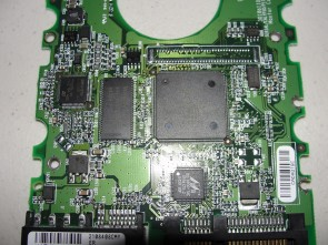 7Y250M0, Maxtor 250GB Code YAR511W0 [KMBD] SATA 3.5 PCB